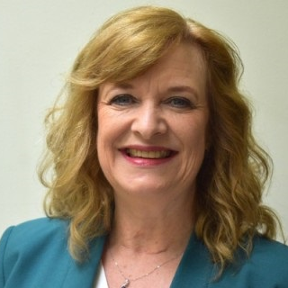 Lynn Andrews, Soft Skills Trainer & Coach