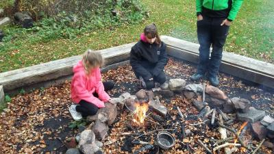 Camp Fire Talkin Tarn